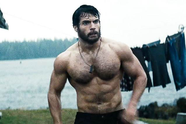 Man of Steel Was Basically All About Henry Cavill   s AbsHenry Cavill Abs Man Of Steel